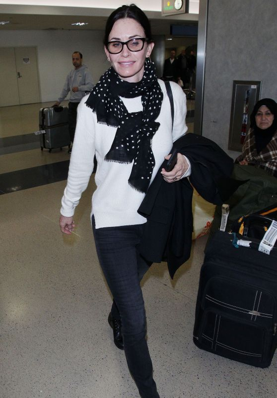 Courteney Cox at Los Angeles International Airport 01/21/2018