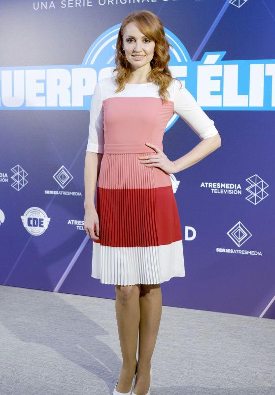 Cristina Castano - Cuerpo De Elite TV Show Photocall in Madrid