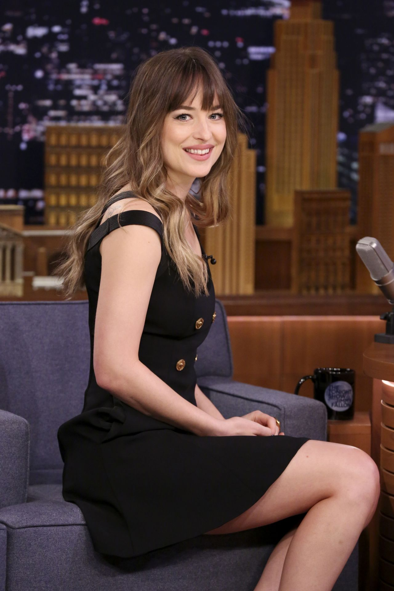 Dakota Johnson The Tonight Show Starring Jimmy Fallon 01