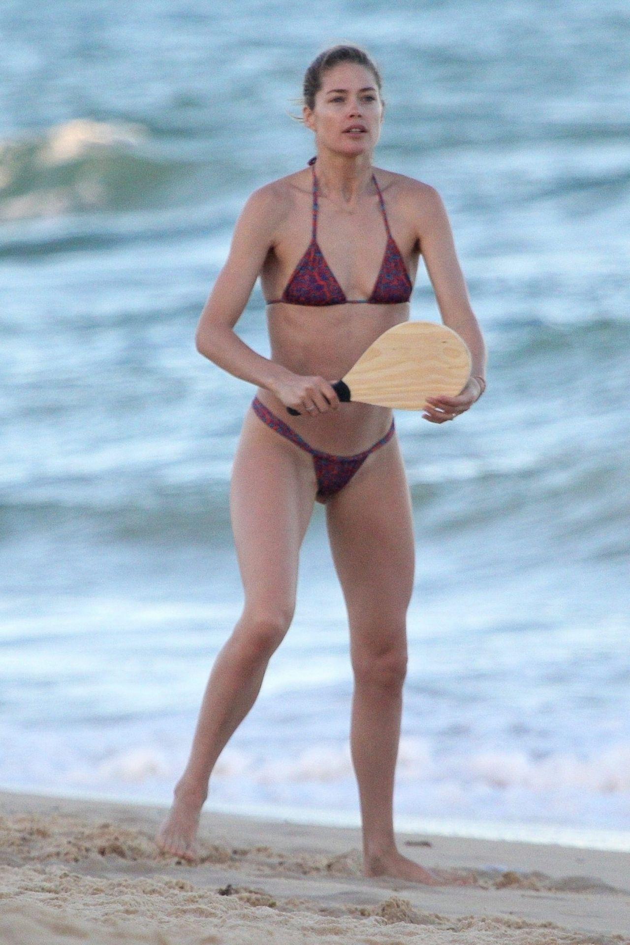 Doutzen Kroes in Bikini in Bahia Pic 2 of 35