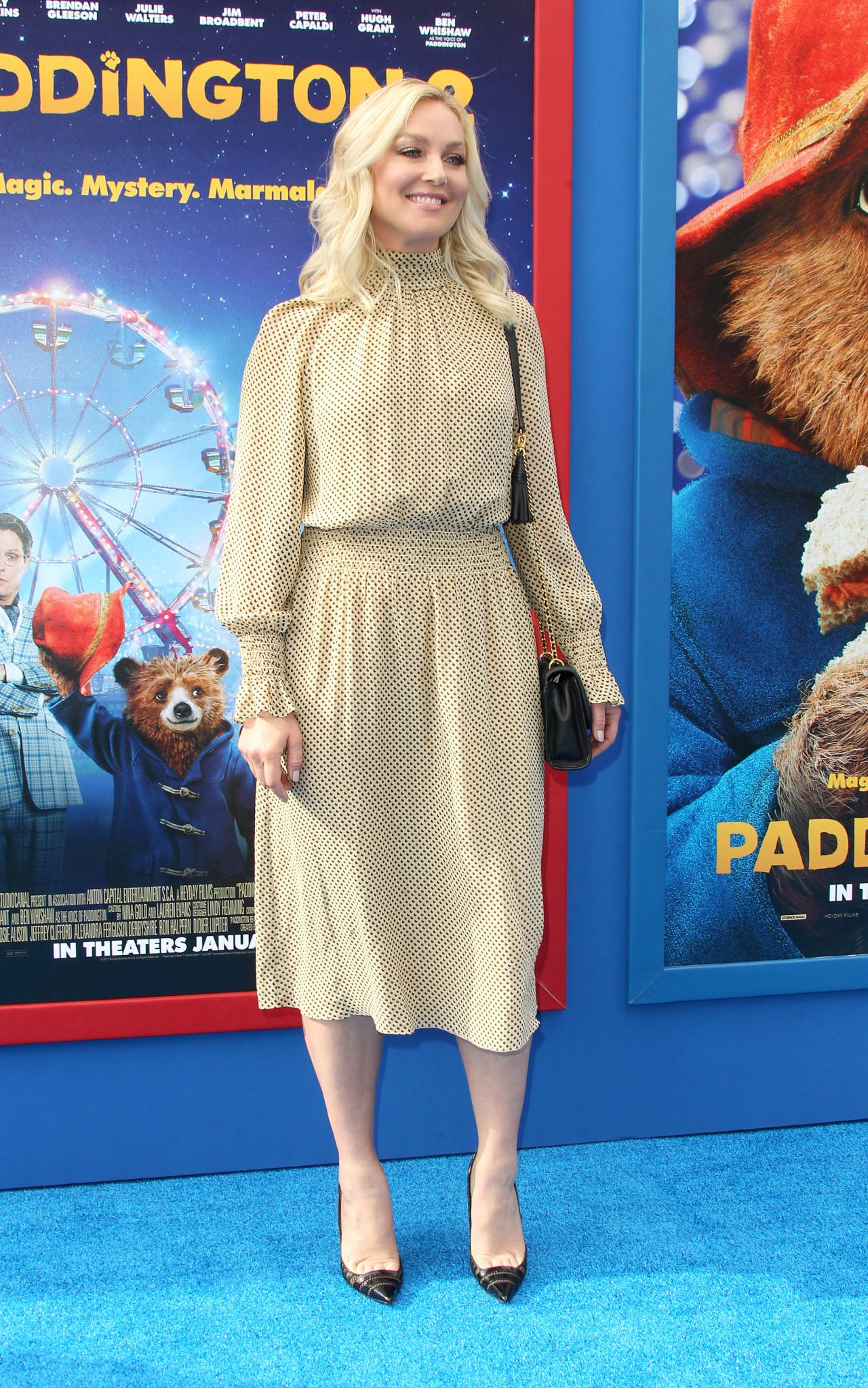 http://celebmafia.com/wp-content/uploads/2018/01/elisabeth-rohm-paddington-2-premiere-in-los-angeles-2.jpg