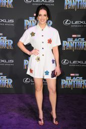 "Elizabeth Henstridge – ""Black Panther"" Premiere in Hollywood"