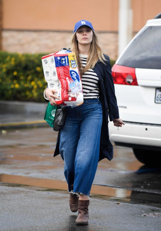 Elizabeth Olsen Shopping in Los Angeles 01/09/2018