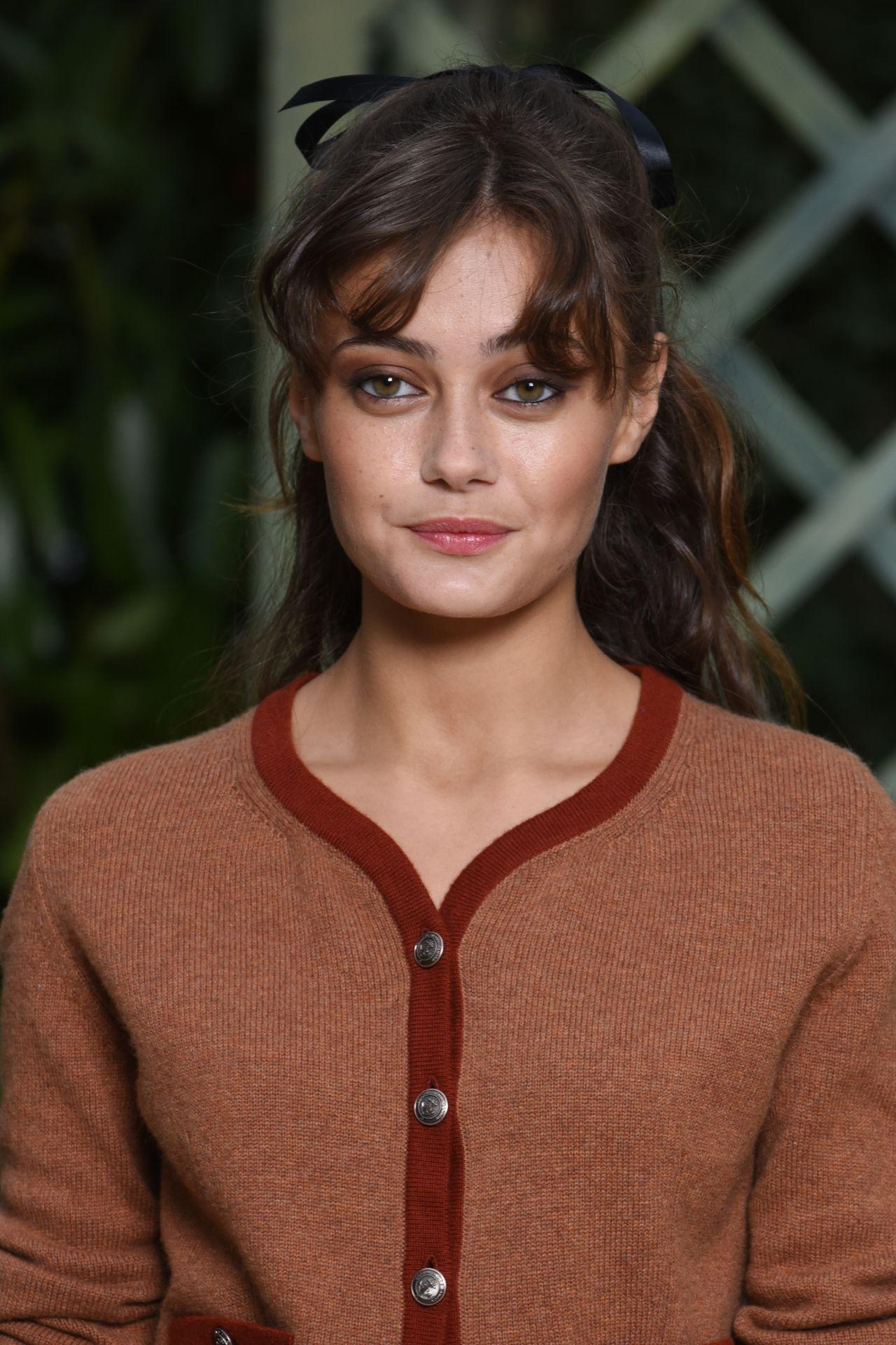 Ella Purnell at Chanel Paris Fashion Week, January 2018