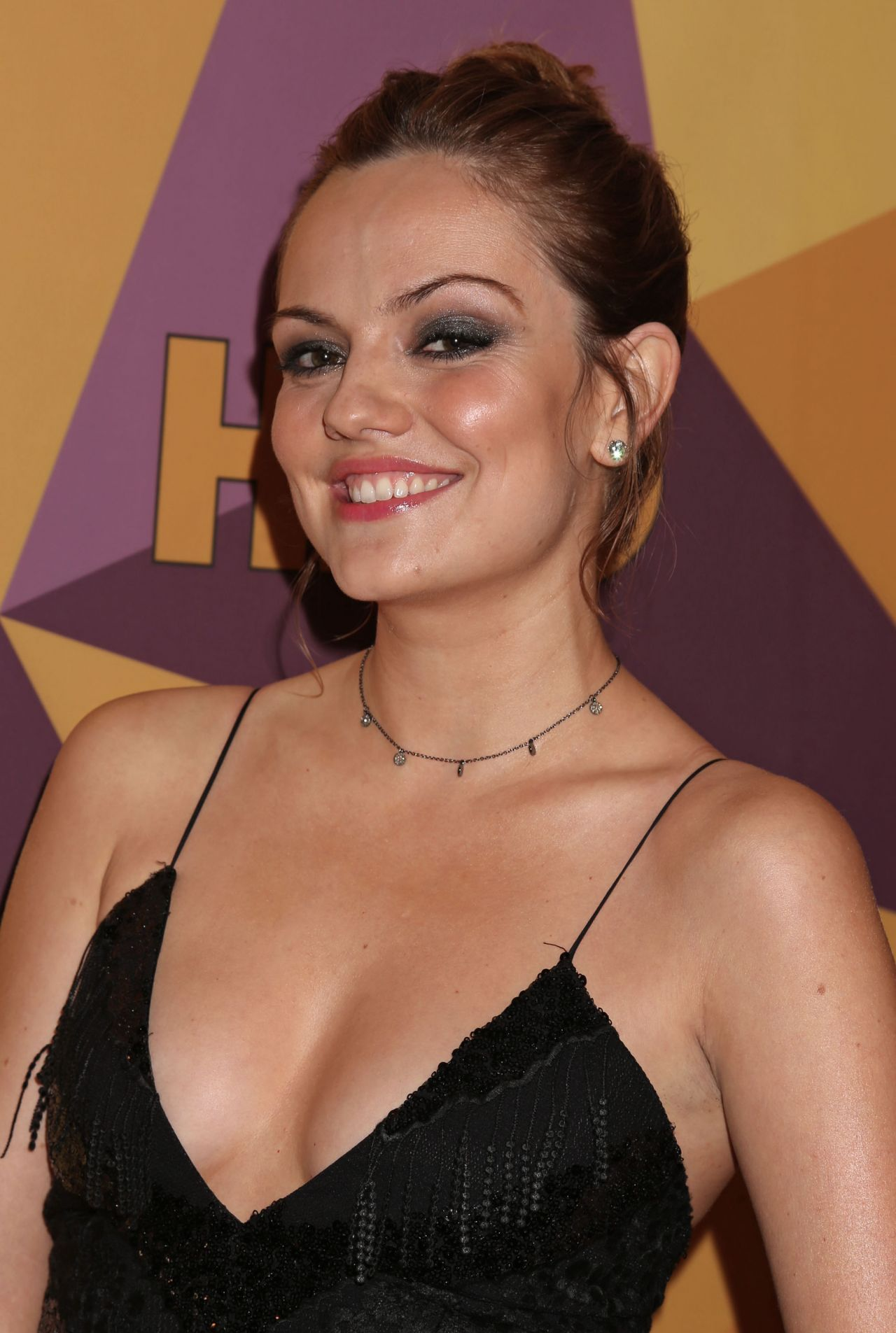 Emily Meade Hbo S Official Golden Globe Awards 2018