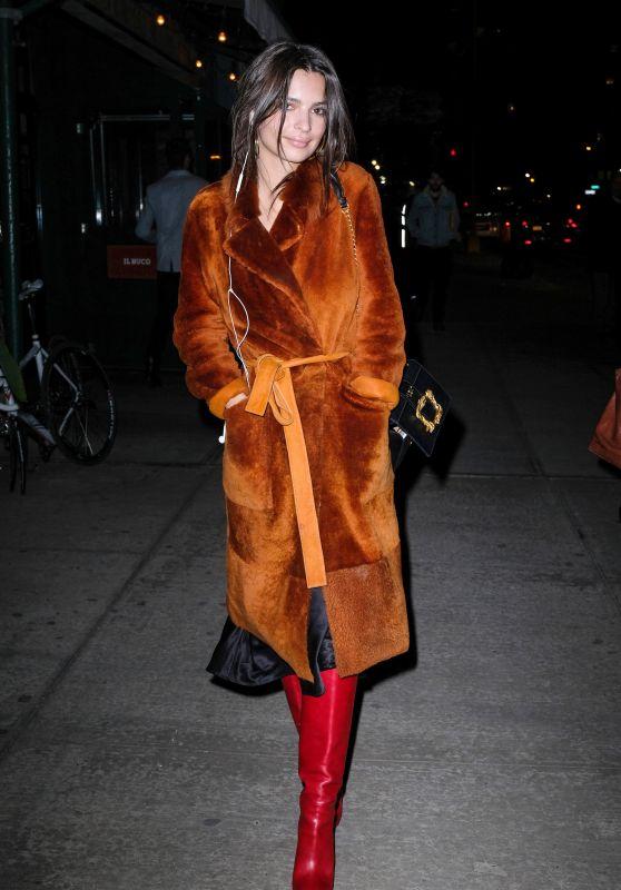 Emily Ratajkowski Night Out Style - New York City 01/24/2018