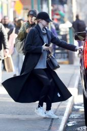 Emma Stone Out in New York City 01/25/2018