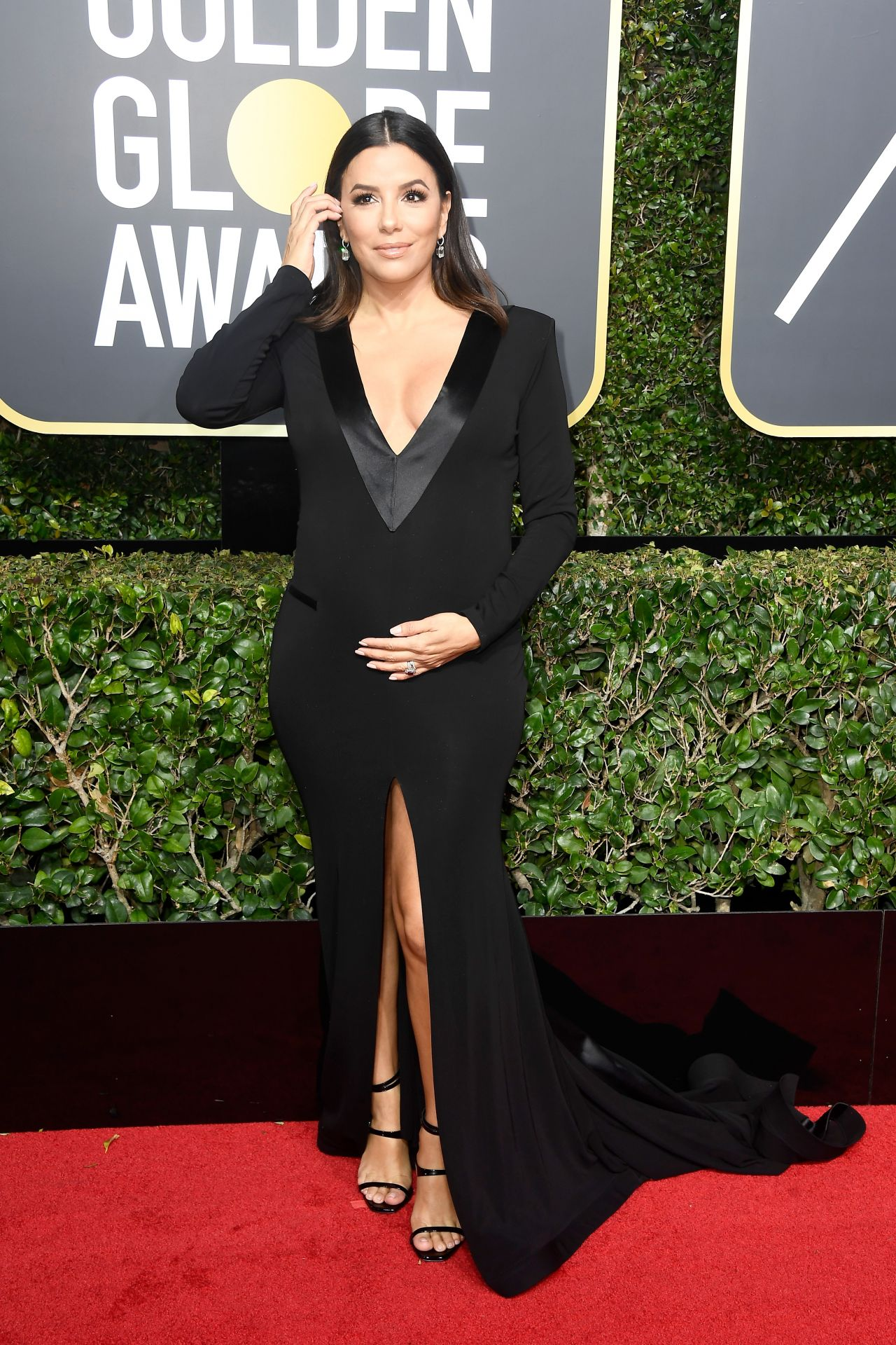 http://celebmafia.com/wp-content/uploads/2018/01/eva-longoria-golden-globe-awards-2018-in-beverly-hills-6.jpg