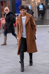 Frankie Bridge Street Style - Leicester Square in London 01/22/2018