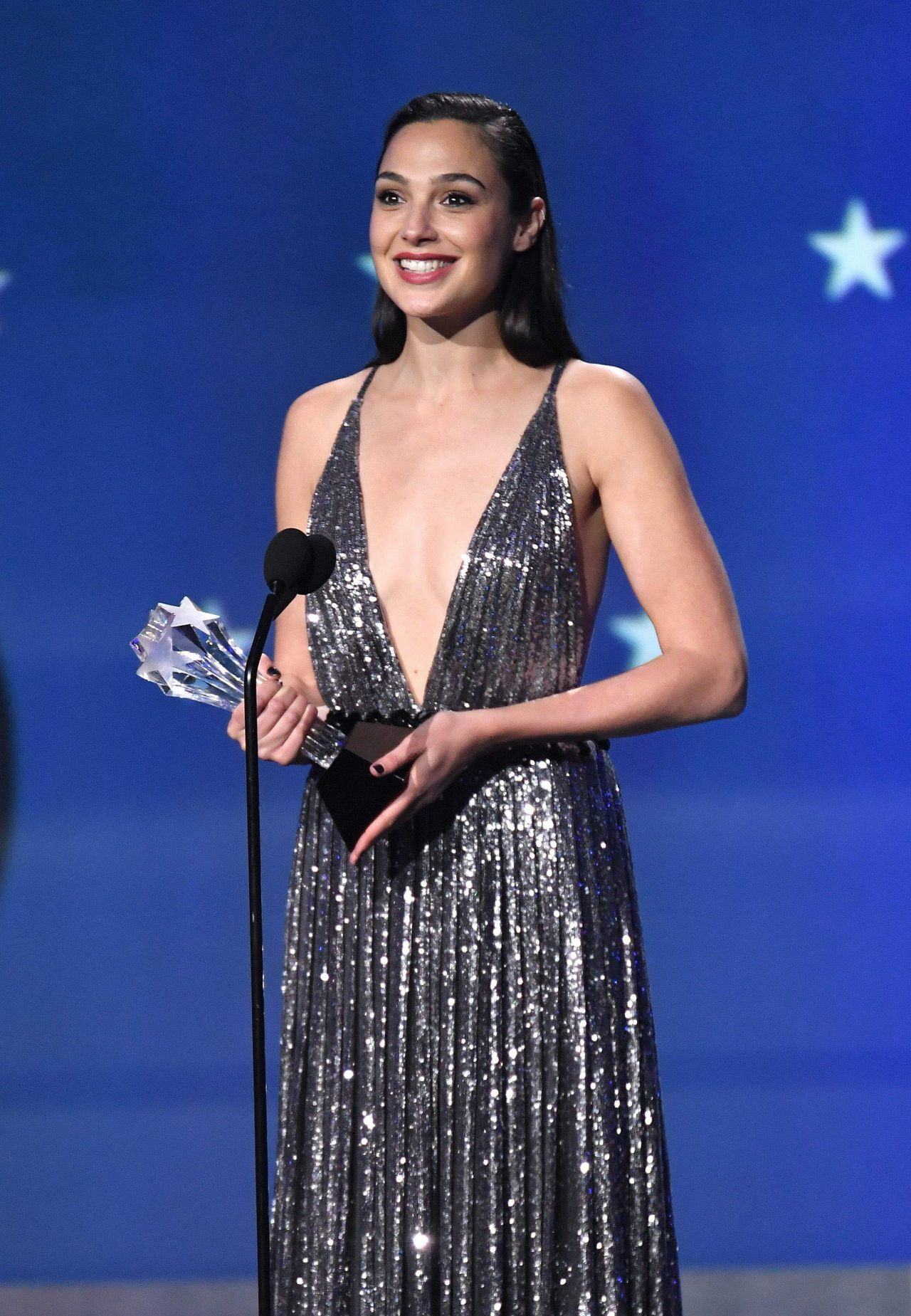 Gal Gadot 2018 Critics Choice Awards