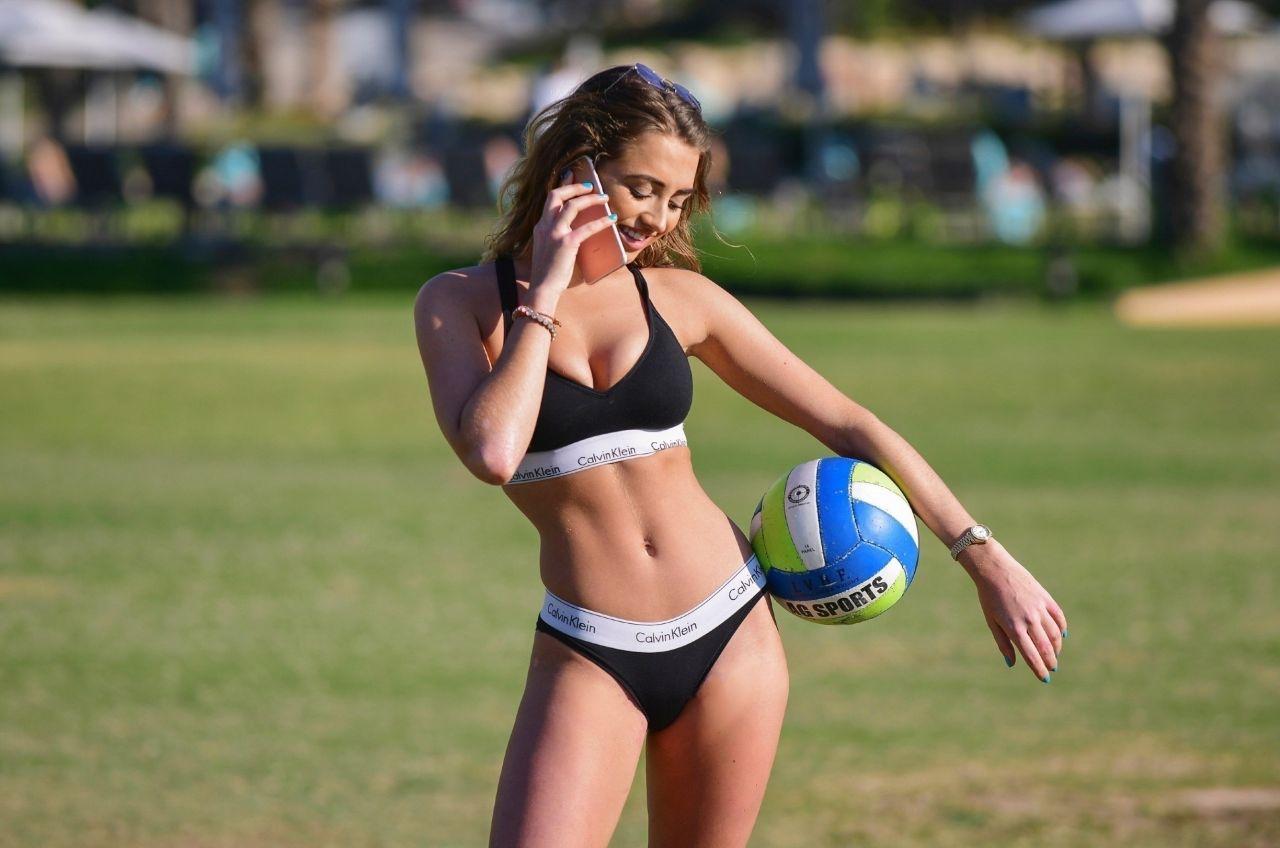 Georgia Harrison in Bikini on the pool in Dubai Pic 4 of 35