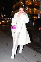Gigi Hadid Shows Off Her Eclectic Style - Out in NYC 01/22/2018