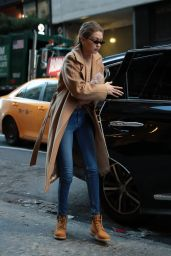 Gigi Hadid Winter Street Fashion - New York 01/13/2018