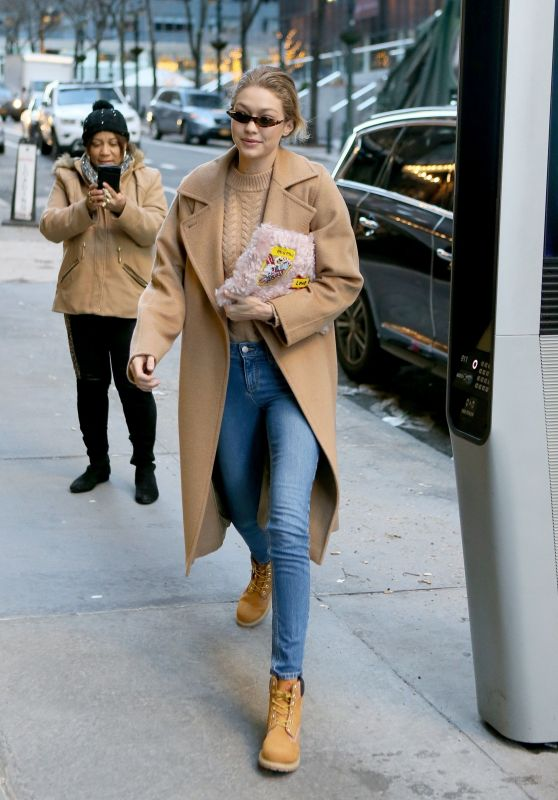 Gigi Hadid Winter Street Fashion - New York 01/13/2018