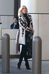 Gwen Stefani at Waldorf Astoria Hotel in Beverly Hills