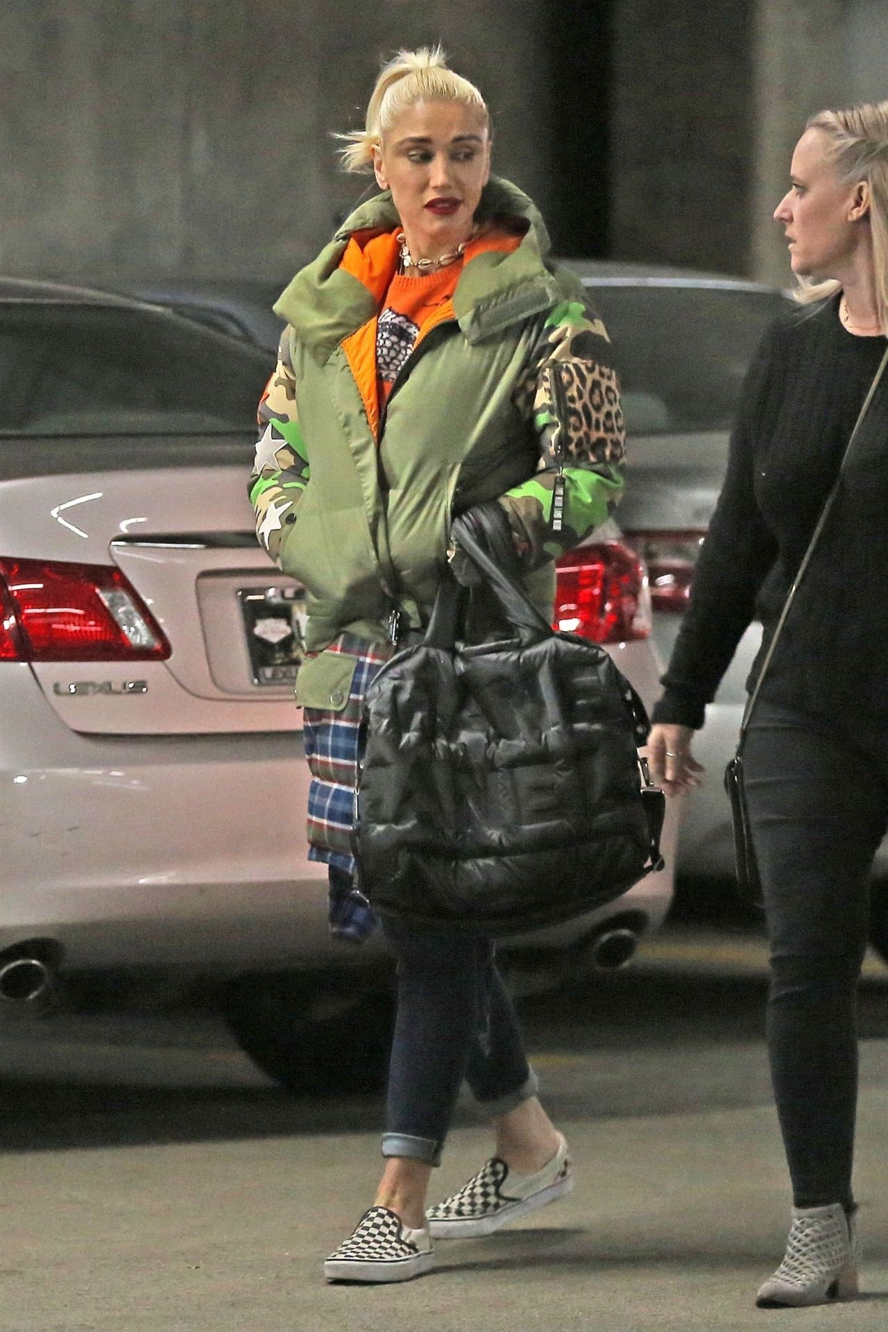 Gwen Stefani - Out in Beverly Hills 01/24/2018 гвен стефани 2018