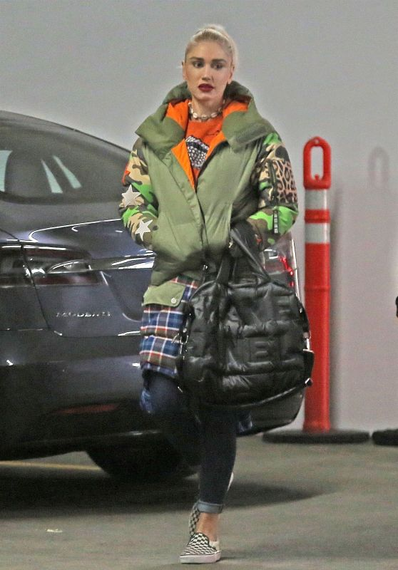 Gwen Stefani - Out in Beverly Hills 01/24/2018
