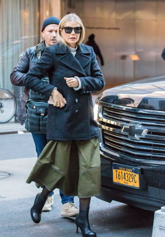 Gwyneth Paltrow - Leaving The Late Show With Stephen Colbert in New York 01/25/2018