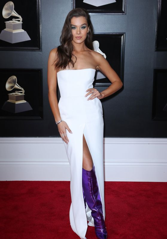 Hailee Steinfeld – 2018 Grammy Awards in New York