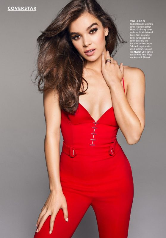 Hailee Steinfeld - Cosmopolitan Germany February 2018