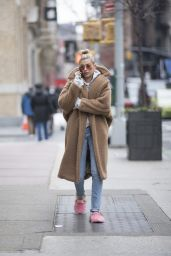 Hailey Baldwin in a Beige Oversized Coat and Slippers - Manhattan 01/16/2018
