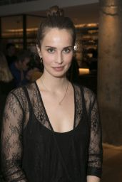 "Heida Reed – ""Beginning"" Opening Night in London"