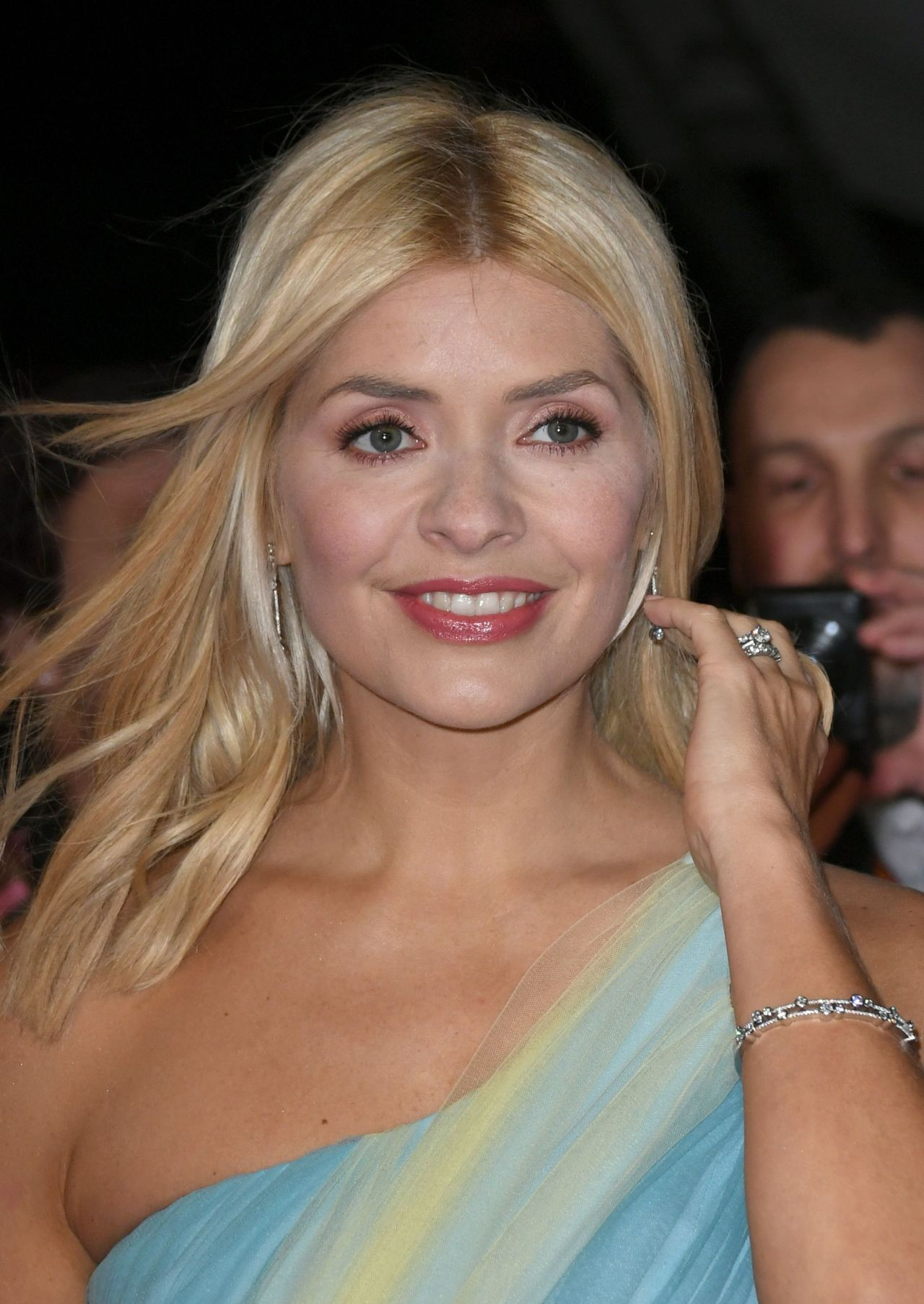 holly willoughby � 2018 national television awards in london