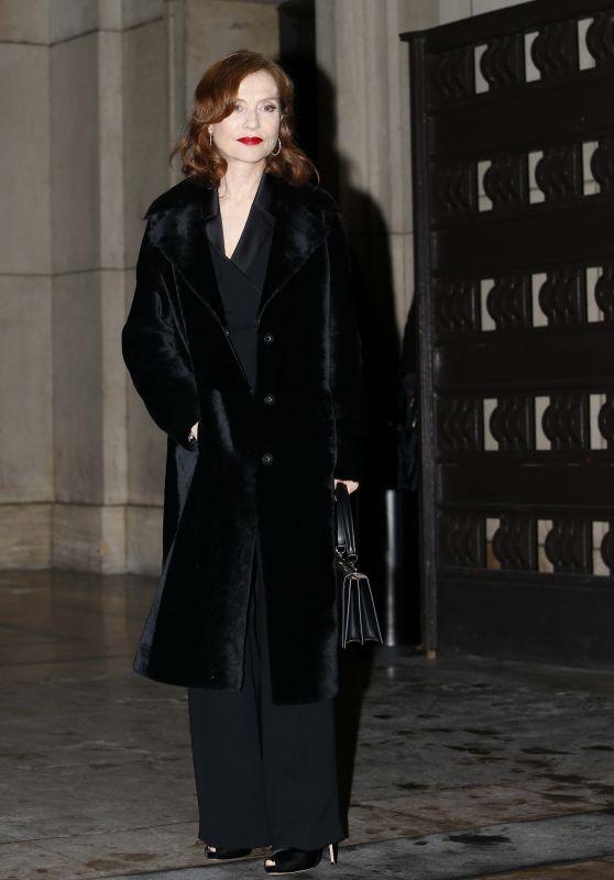 Isabelle Huppert – Giorgio Armani Prive Show Spring Summer 2018 in Paris