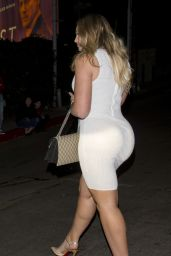 Iskra Lawrence in a Body Fitted White Dress Leaving Her Hotel in Beverly Hills 01/28/2018
