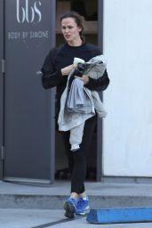Jennifer Garner - Gets Coffee After Her Morning Workout in Brentwood