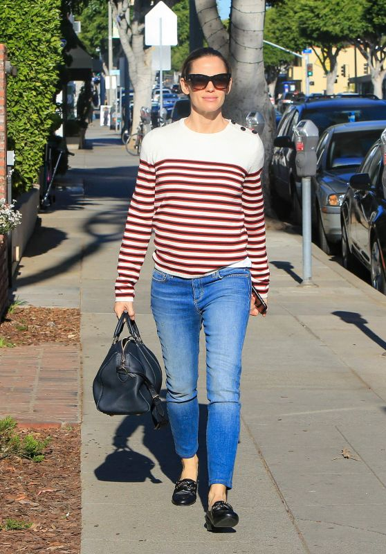 Jennifer Garner - Out and About in Brentwood 01/23/2018