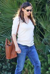 Jennifer Garner Street Style - Los Angeles 01/13/2018