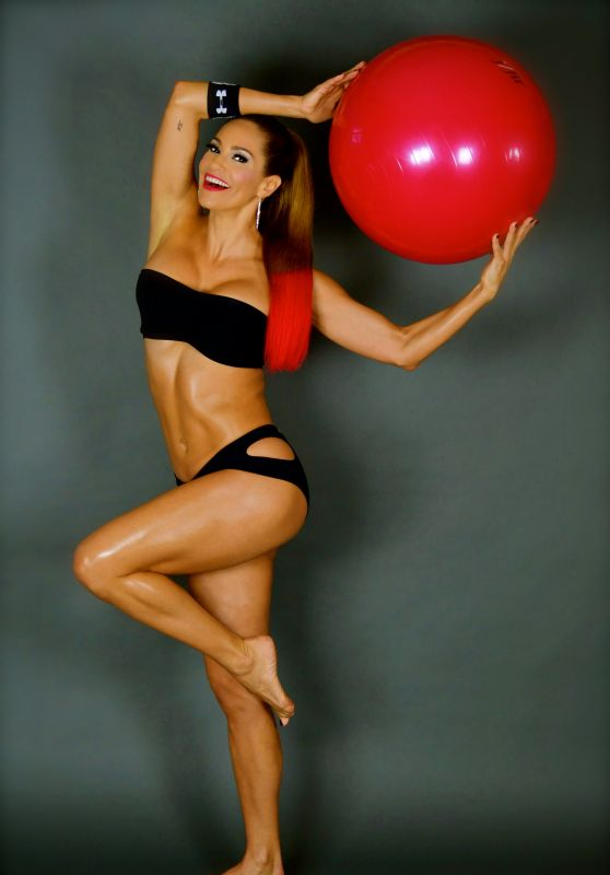 Jennifer Nicole Lee - Glam Fitness Photoshoot in Miami
