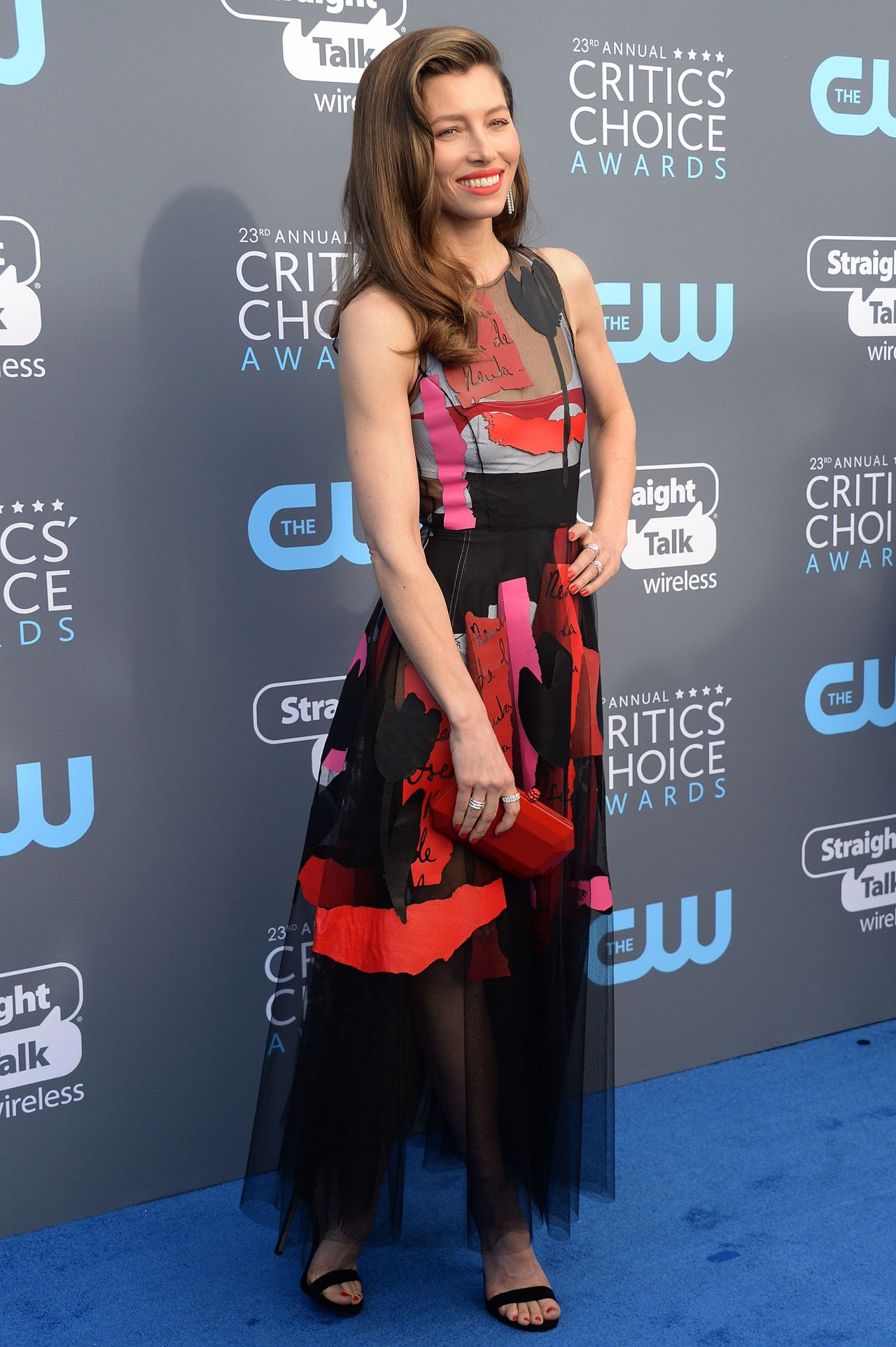 http://celebmafia.com/wp-content/uploads/2018/01/jessica-biel-2018-critics-choice-awards-6.jpg