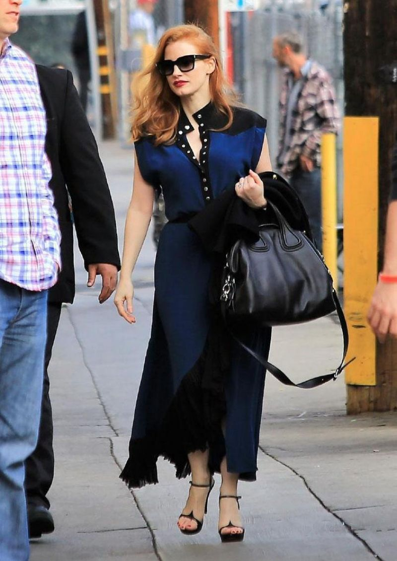http://celebmafia.com/wp-content/uploads/2018/01/jessica-chastain-arrives-for-appearance-on-jimmy-kimmel-live-in-la-0.jpg