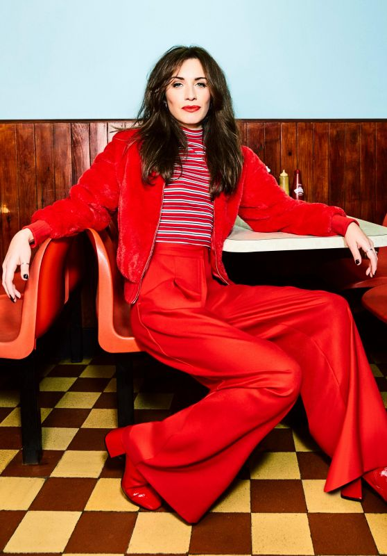 Julia Goulding - Photoshoot January 2018