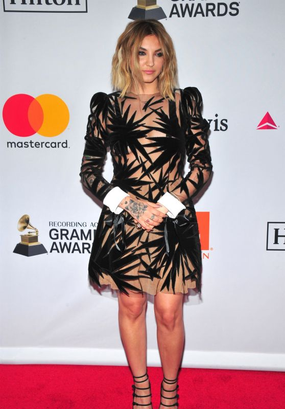 Julia Michaels – Clive Davis and Recording Academy Pre-Grammy Gala in NYC