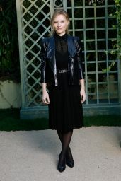 Julia Roy at Chanel Paris Fashion Week, January 2018