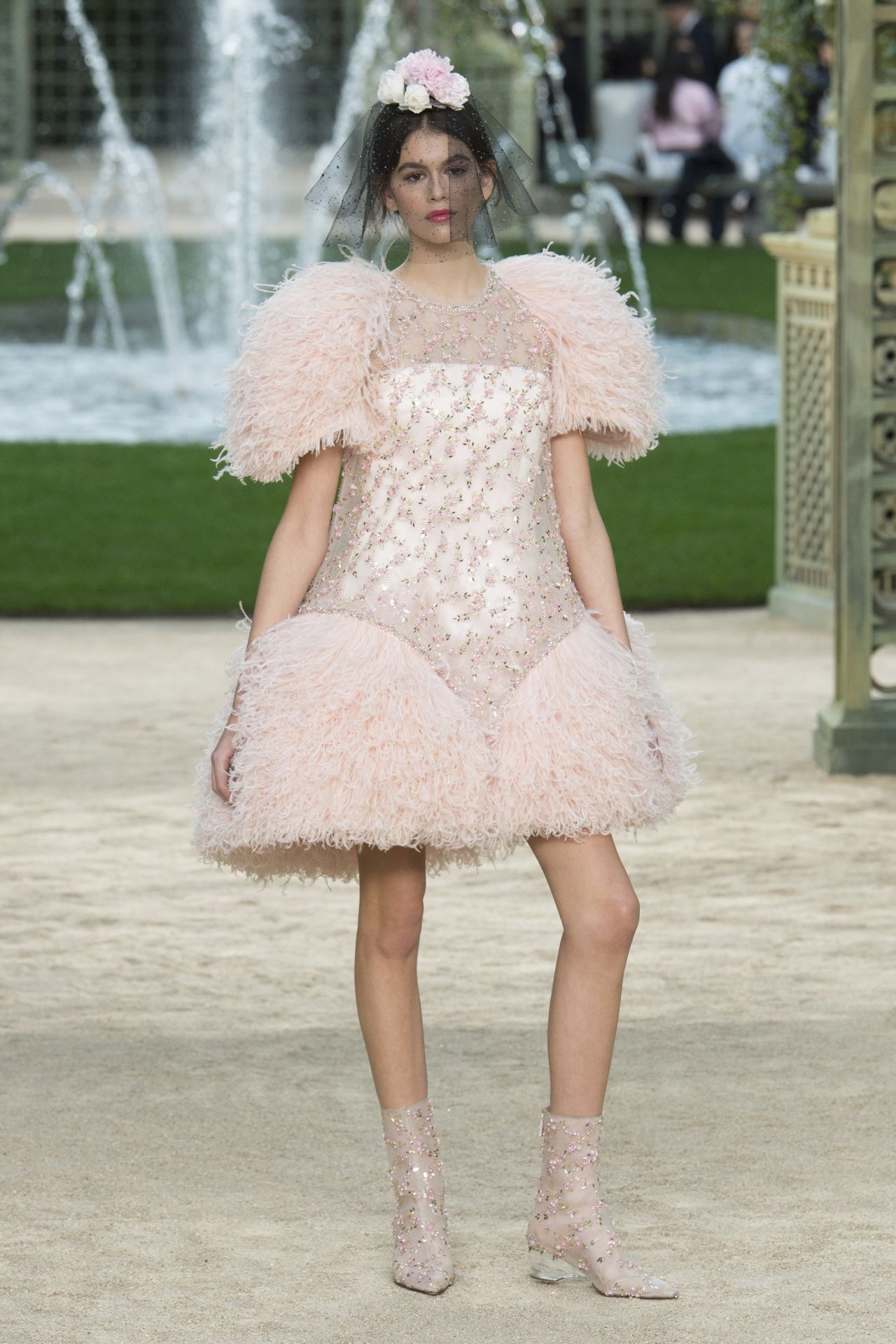 kaia gerber walks chanel haute couture show paris
