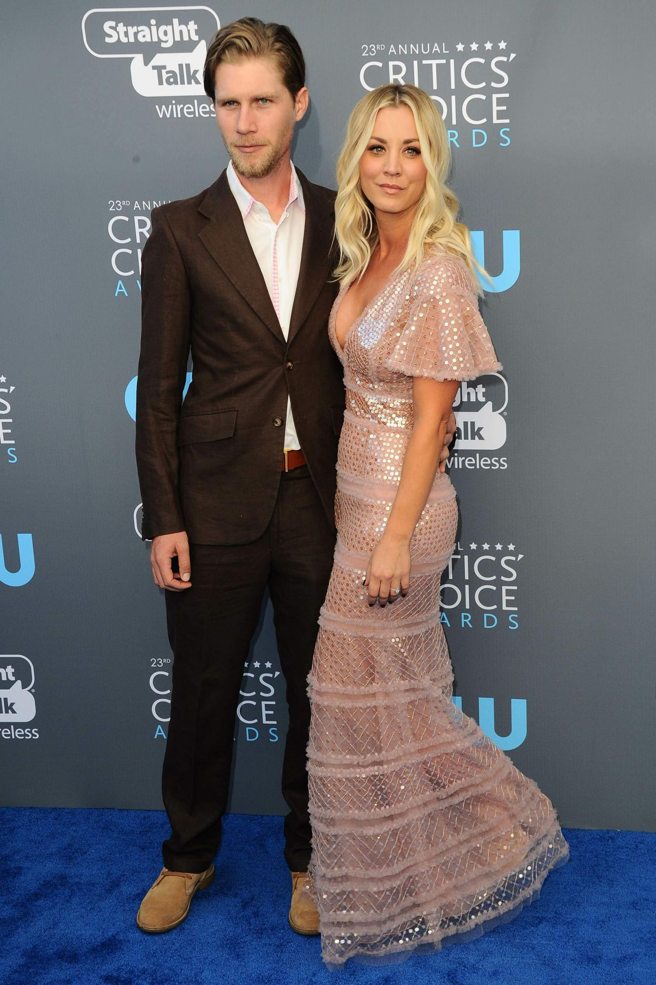 http://celebmafia.com/wp-content/uploads/2018/01/kaley-cuoco-2018-critics-choice-awards-6.jpg