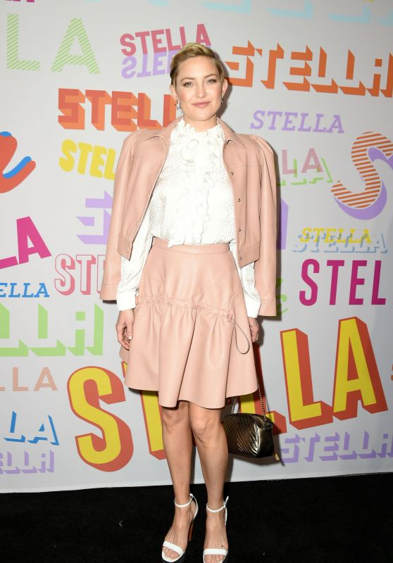 Kate Hudson – Stella McCartney Show in Hollywood