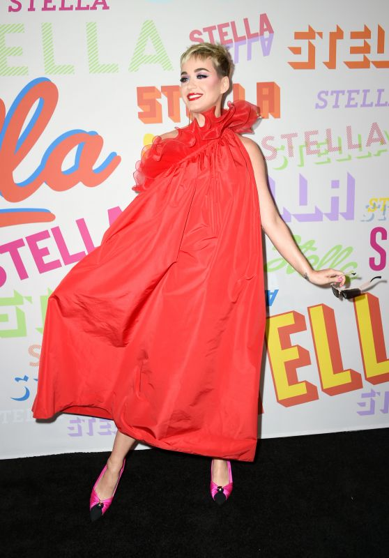 Katy Perry – Stella McCartney Show in Hollywood