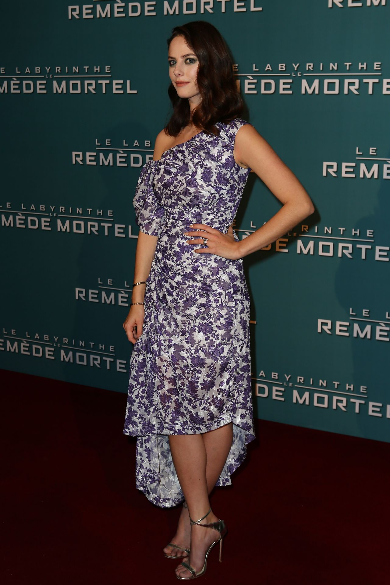 http://celebmafia.com/wp-content/uploads/2018/01/kaya-scodelario-maze-runner-the-death-cure-premiere-in-paris-1.jpg