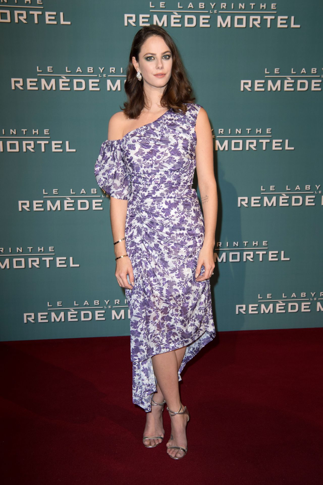 http://celebmafia.com/wp-content/uploads/2018/01/kaya-scodelario-maze-runner-the-death-cure-premiere-in-paris-12.jpg
