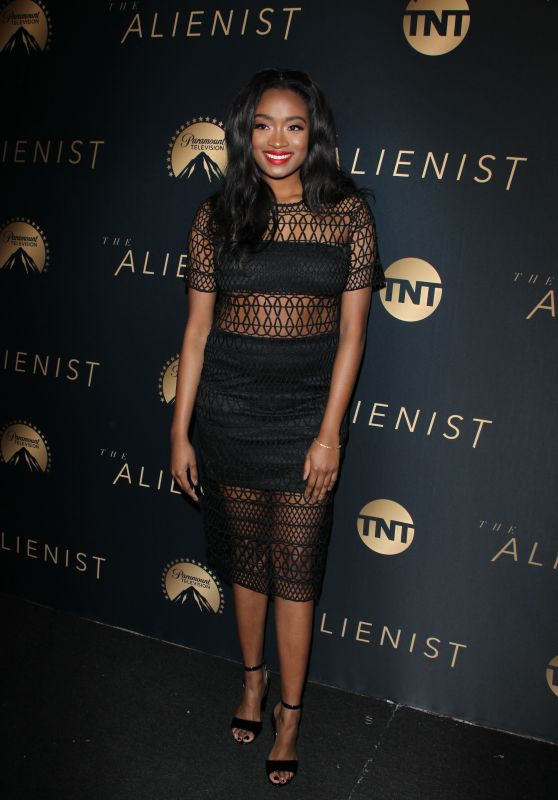 """Kayla Brianna – """"The Alienist"""" Premiere in Hollywood"""