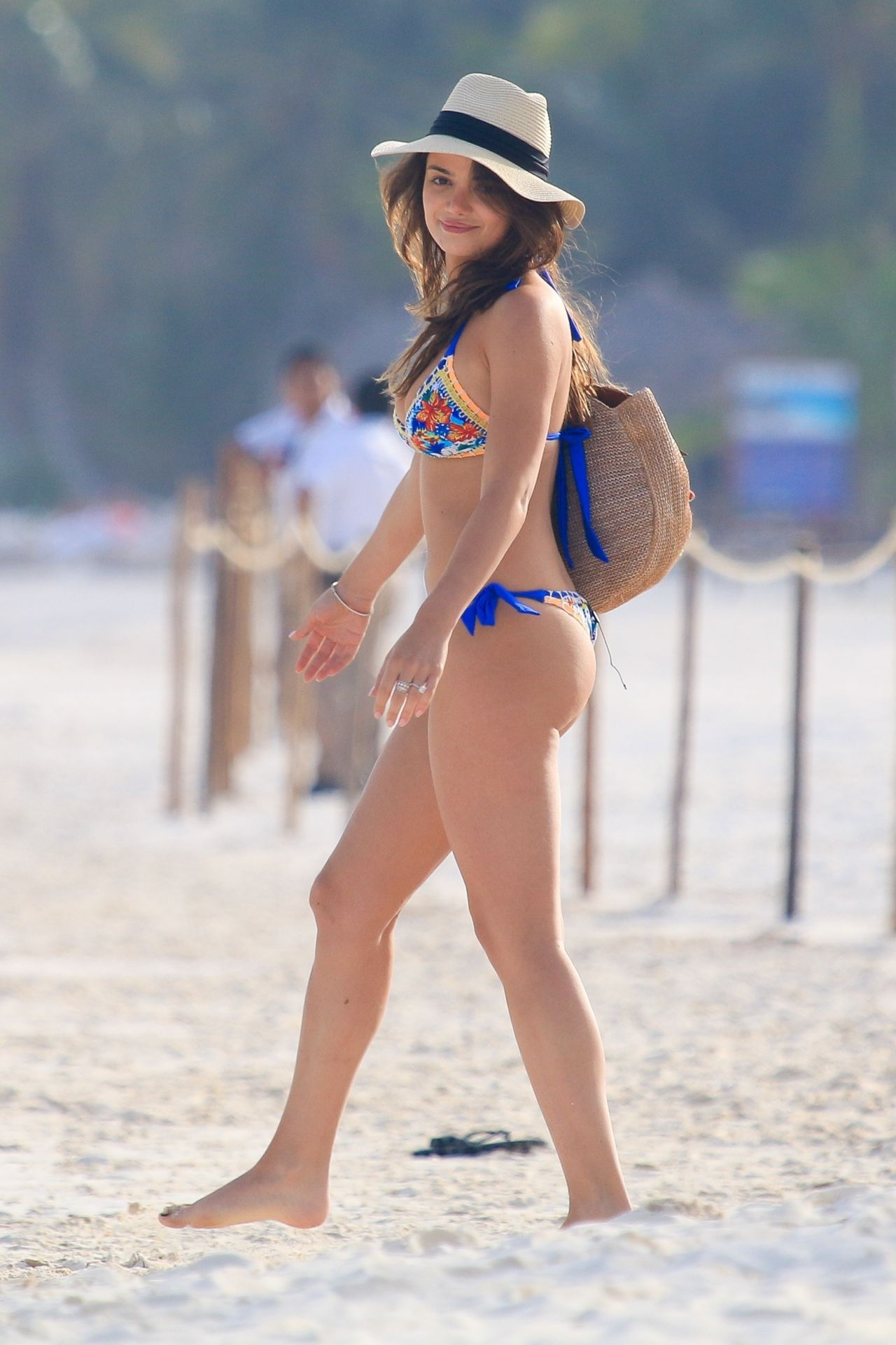 Keleigh Sperry in Bikini on the beach in Mexico Pic 1 of 35