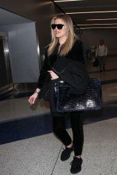 Khloe Kardashian at LAX Airport in Los Angeles 01/28/2018