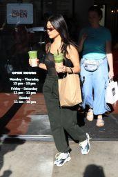 Kourtney Kardashian - Fatamorgana Gelato in Studio City