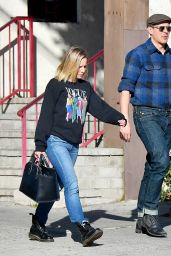 Kristen Bell and Chris Lowell - Out in Los Angeles