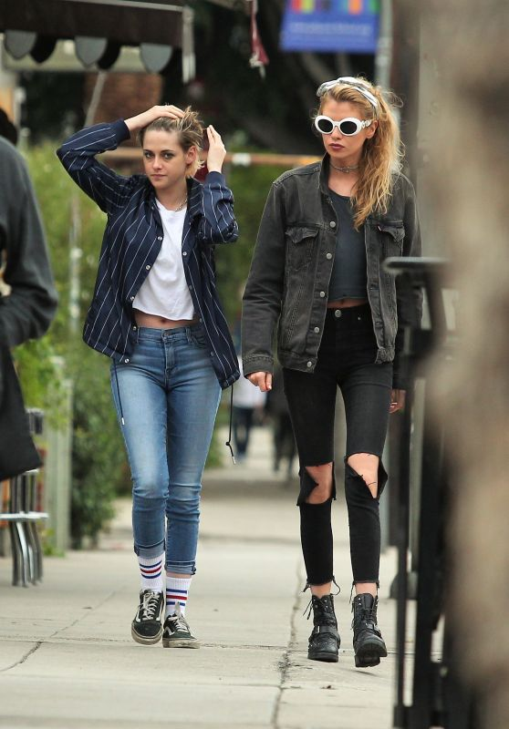 Kristen Stewart and Stella Maxwell Out in Los Angeles, January 2018